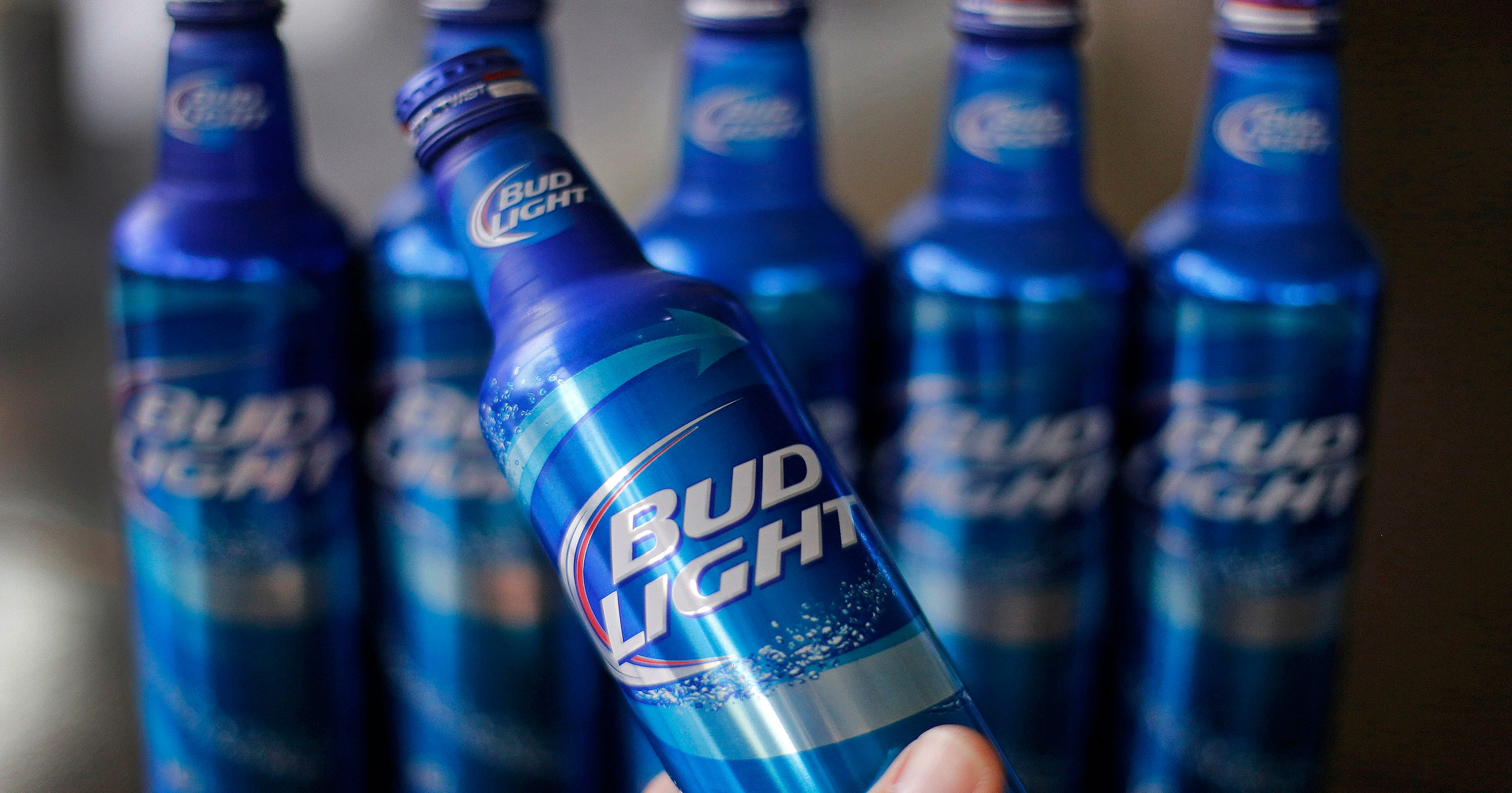 bud light apologizes for removing no label