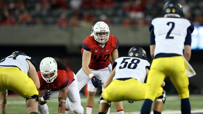 Arizona Wildcats linebacker Jake Matthews
