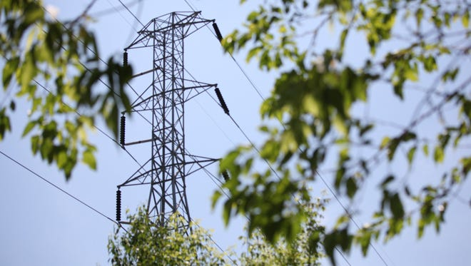 Detroit-based DTE Energy Co. says there were several thousand outages on Thursday morning and crews are expected to be making repairs throughout the day.