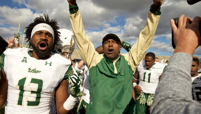 Oct 17, 2015; East Hartford, CT, USA; South Florida Bulls head coach Willie Taggart reacts with his players after defeating the Connecticut Huskies at Rentschler Field. USF defeated UConn 28-20. Mandatory Credit: David Butler II-USA TODAY Sports