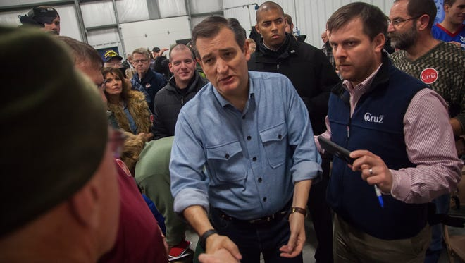 Senator Ted Cruz campaigns at an airplane hanger Webster City Municipal Airport in Webster City, Thursday, Jan. 7, 2016.