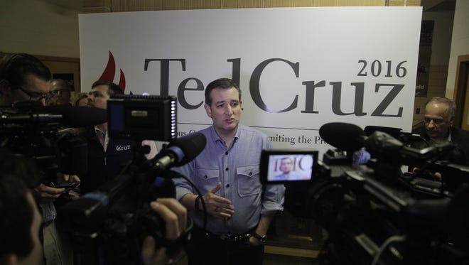 Senator Ted Cruz campaigns at Goldfield Old Schoolhouse in Goldfield, Thursday, Jan. 7, 2016.