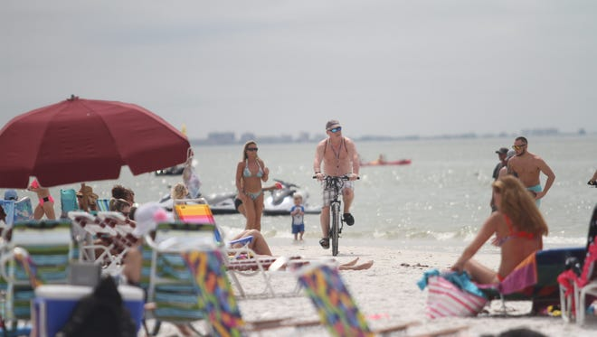 Fort Myers ranks No. 6 in the nation for most unmarried millennials.