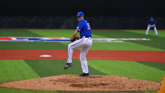 La. Tech pitcher Adam Derouen set the tone for the Bulldogs' win over UL Lafayette on Wednesday.