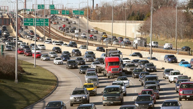 Traffic backs up in Chicago as travelers head elsewhere for the holidays in 2013.