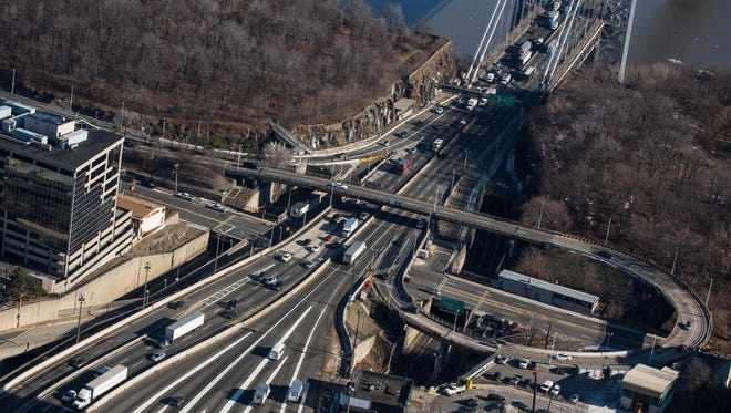 The George Washington Bridge connects Fort Lee and New York City. Andrew  Burton/ Getty Images The George Washington Bridge connects Fort Lee and New York City.