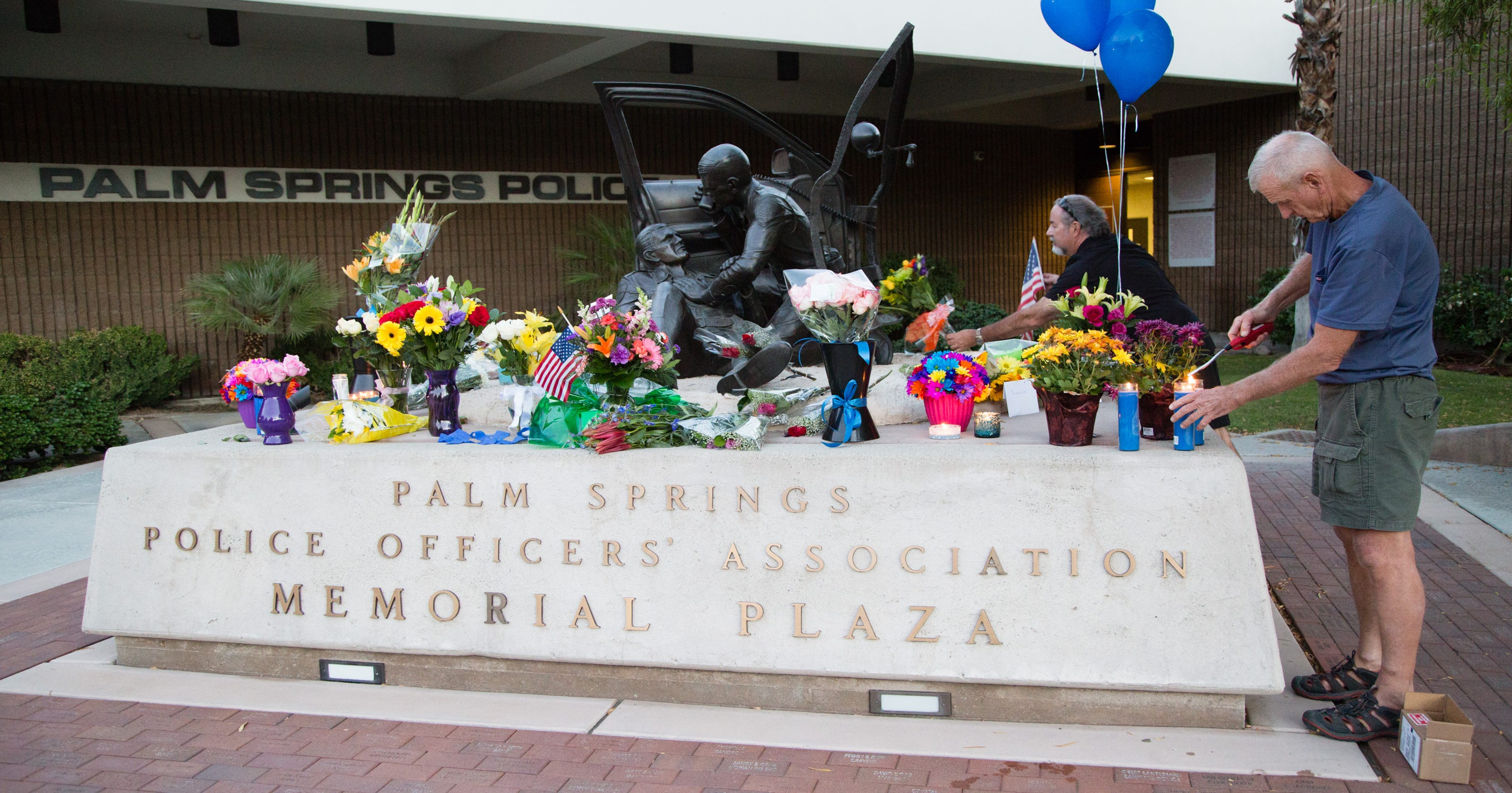 Palm Springs Mourns Slain Police You Cant Find A Worse Scenario