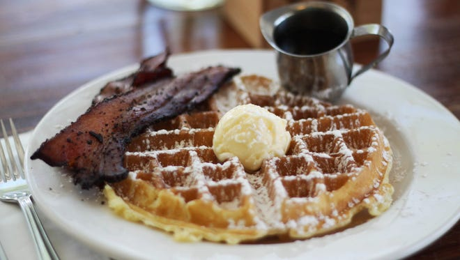 Phoenix favorite Matt's Big Breakfast has been named one of the top 25 airport restaurants in the U.S.