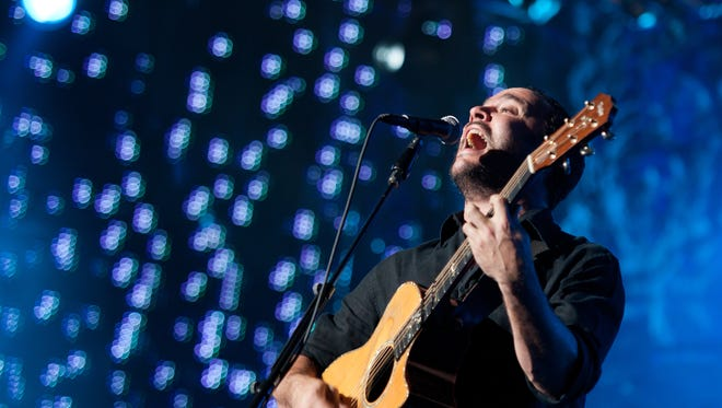 Dave Matthews is joined by his pal Tim Reynolds for a summer show at CMAC.