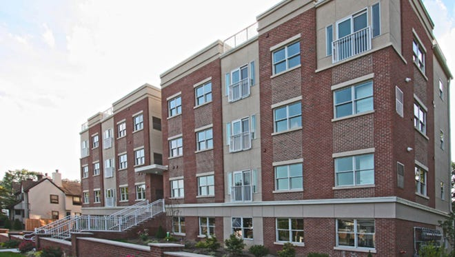 Apartments at Morristown Gateway include free on-site parking, in-unit washers and dryers and a reduced commission and security deposit.