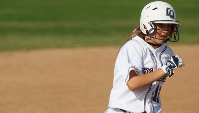 Havanna Zanesco rounds third base in a game against Rancho Mirage at La Quinta High School, Tuesday, March 14, 2017.