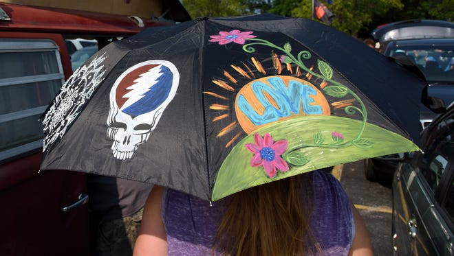 A general view of atmosphere during Fare Thee Well, A Tribute To The Grateful Dead.