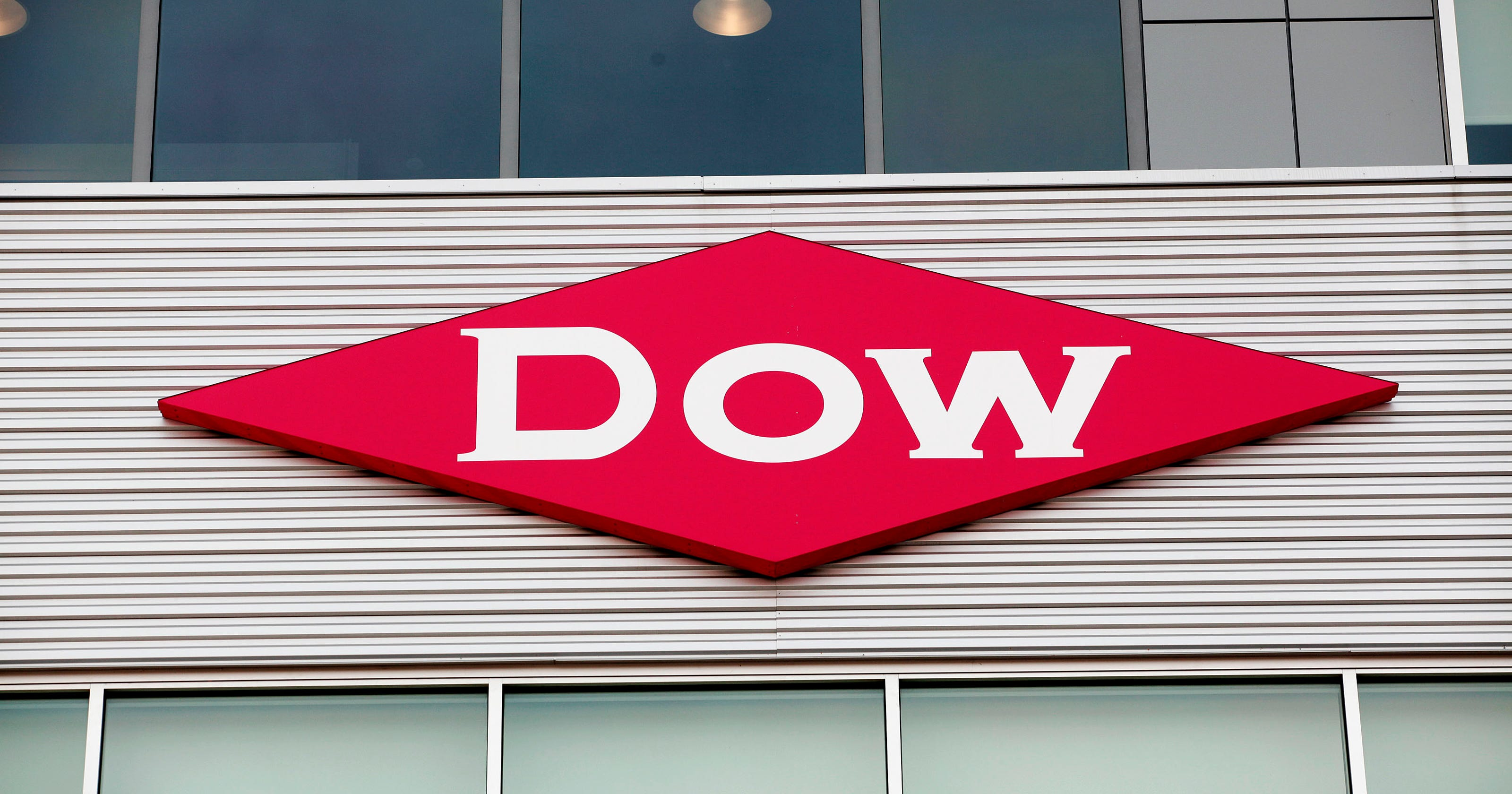 Dow Chemical Dupont To Close Merger August 31