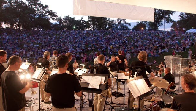 The Arts Alliance and Deerfield Township welcome the Kentucky Symphony Orchestra for a patriotic concert on July 7.