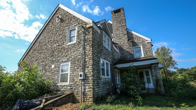 Preservationists want to keep this home on Blankenbaker Lane from being torn down.August 23, 2017