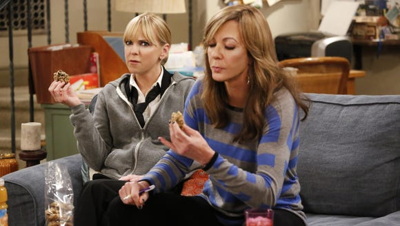 Anna Faris as Christy and Allison Janney as Bonnie
