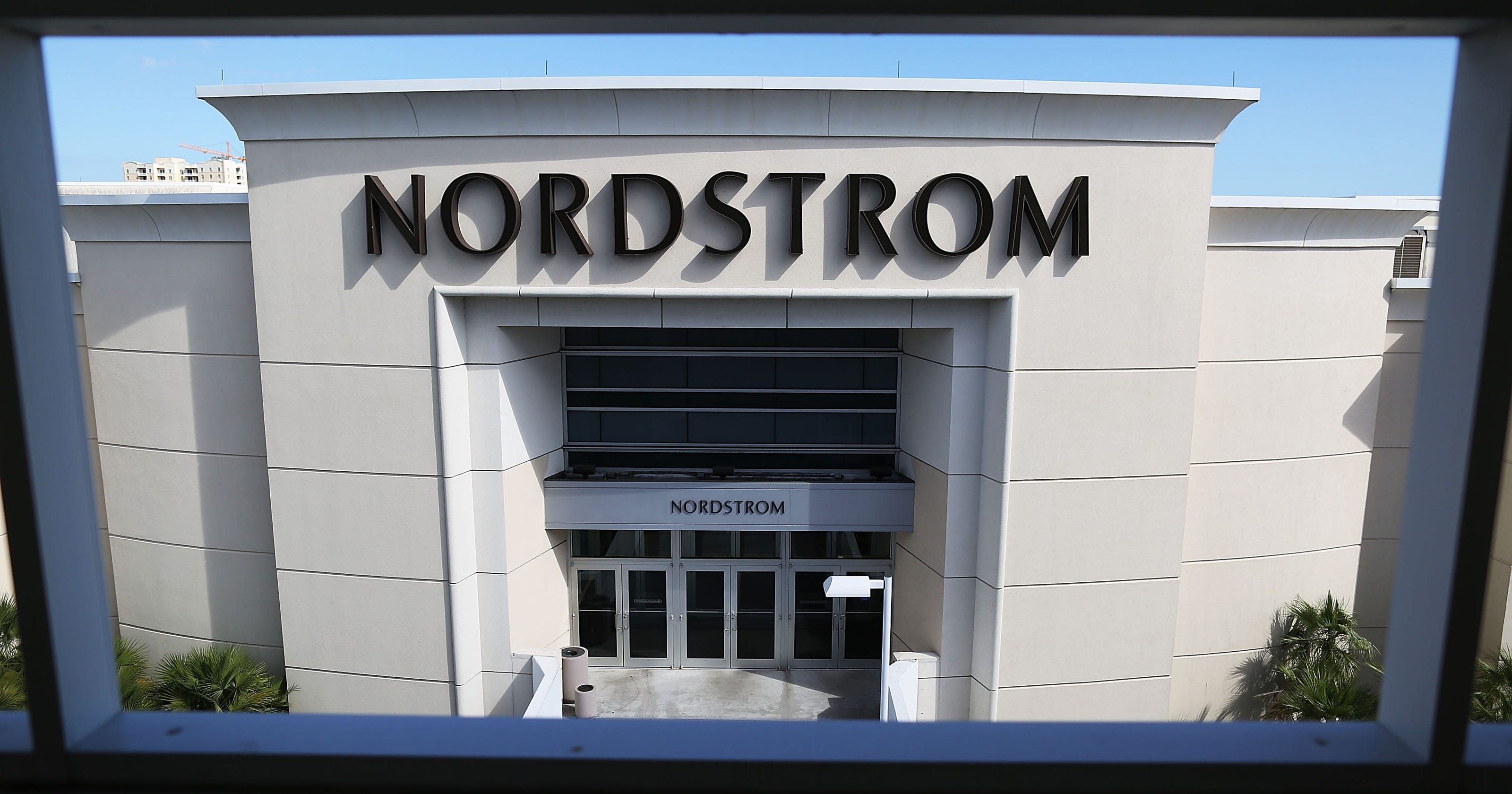 nordstrom to offer 247 store pick up at 10 stores this holiday season - Nordstrom Christmas Hours