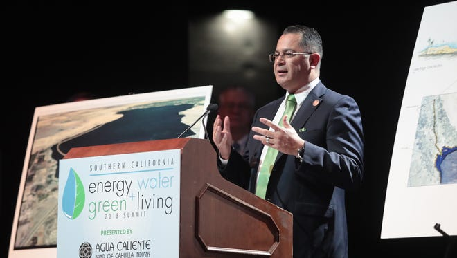 Supervisor V. Manuel Perez speaks about the potential benefits of revitalizing the Salton Sea during the Southern California Energy and Water Summit, January 11, 2018.