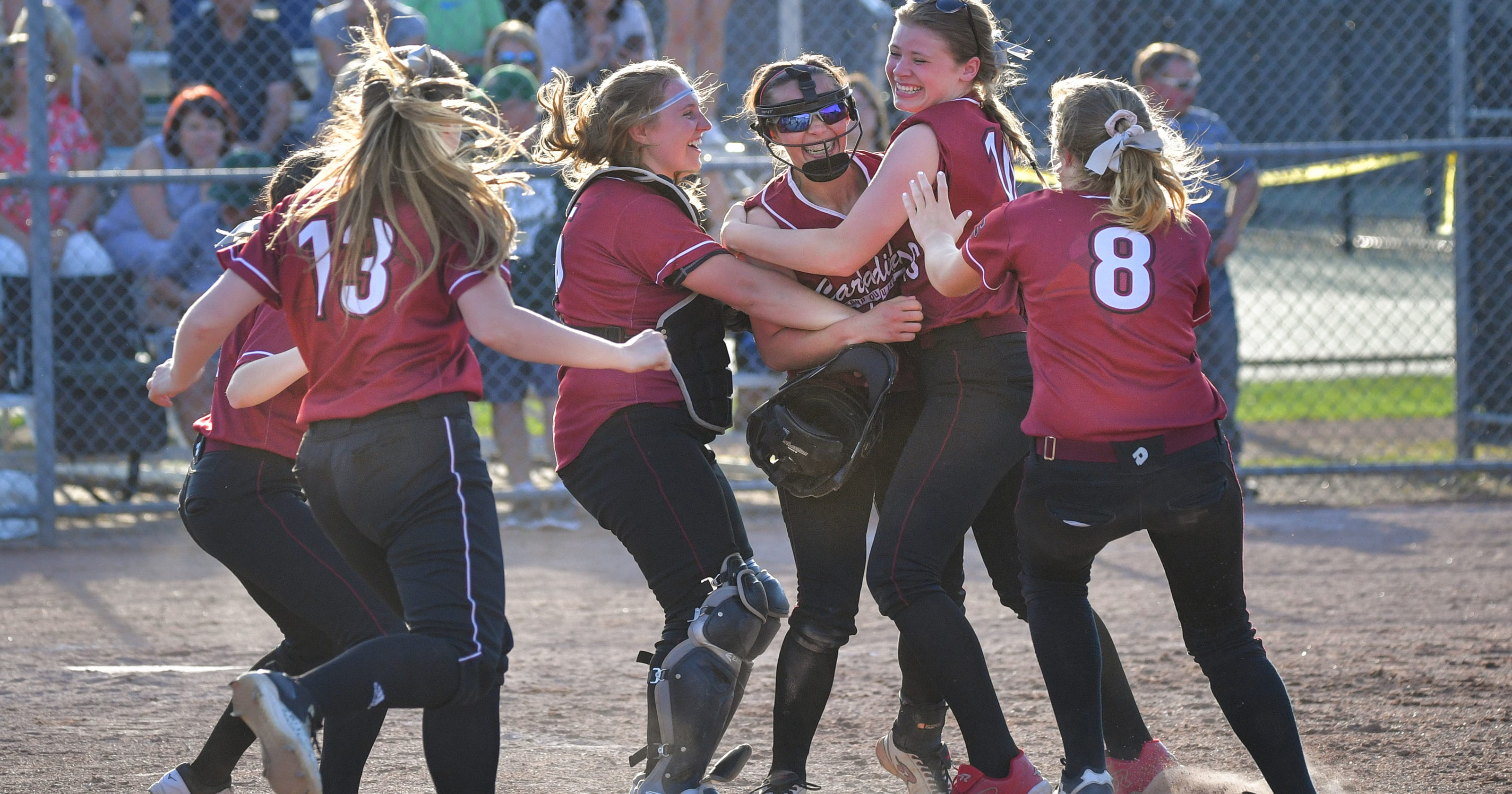 WIAA softball: Fond du Lac stuns top-ranked Oshkosh North to