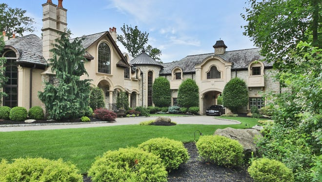 Joe and Melissa Gorga list their Montville mansion for $3.3M.