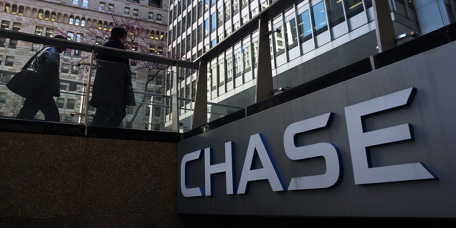 Chase all-digital bank Finn gets big rollout, brings banking to phones
