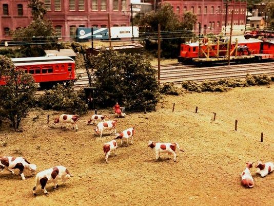 Union County: Introduce a grandchild to the magic of model railroads PHOTO CAPTION
