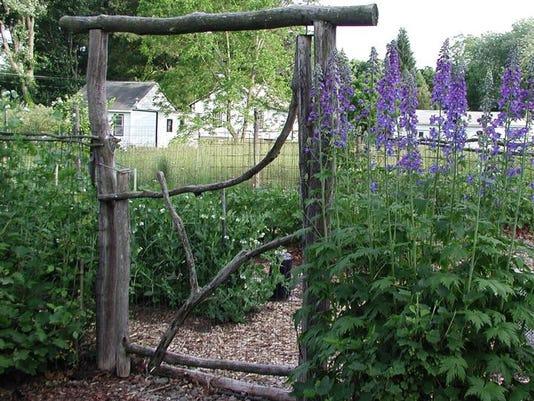 Gardening-Garden Gate