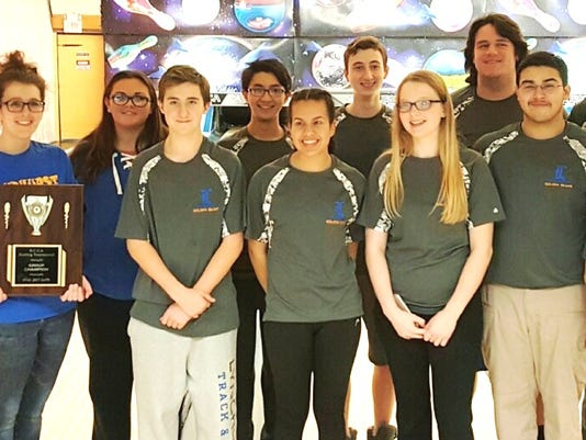 Lyndhurst bowling team