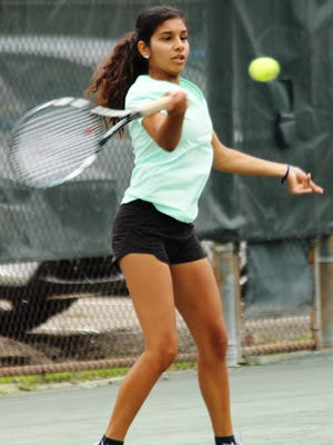 Second-seeded Amina Ismail - a recent Kings High School graduated headed for Xavier University - reached the finals of the Thomas E. Price Met women's tennis singles tournament July 19, falling 6-7 (7-4), 6-3, 6-3 to six-time champion Marie Matrka.