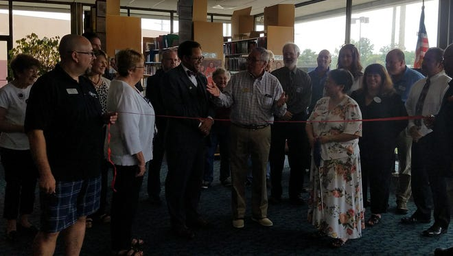 Steppingstone School marked its 35th anniversary with a ribbon-cutting.