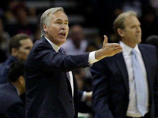 Lakers Spurs Basketball (2)