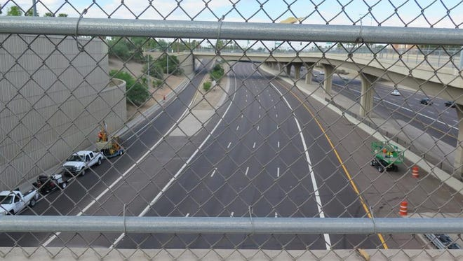 Eastbound Interstate 10 headed into downtown Phoenix will be closed as workers perform maintenance on a freeway tunnel, according to the Arizona Department of Transportation.