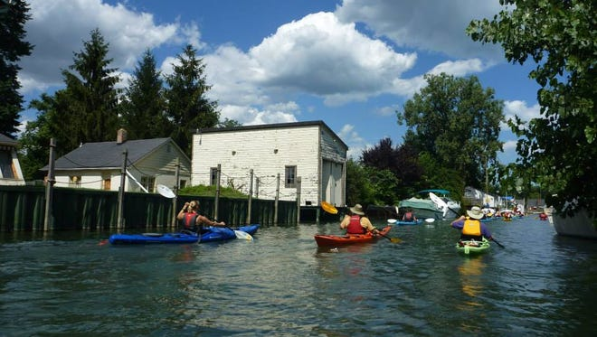 One of the most popular Detroit kayak tours is the Detroit Canal Tour.