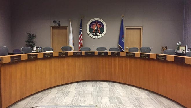 The eight-member Lansing City Council might need the help of a facilitator to decide how to get new leadership this year.