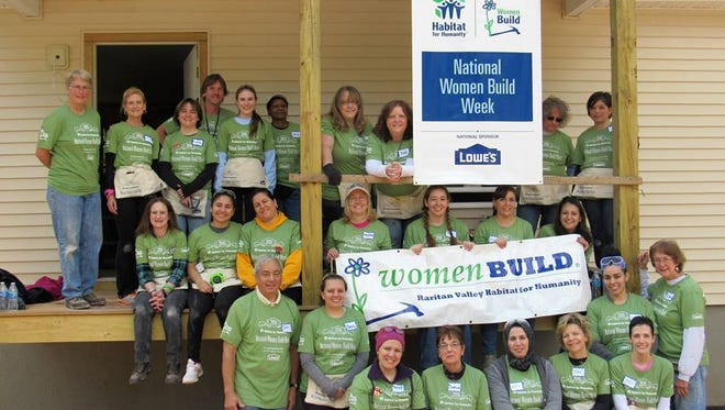 More than 17,000 women, including Lowe's Heroes volunteers, are expected to volunteer at construction sites across the country as part of Habitat's 2017 National Women Build Week.