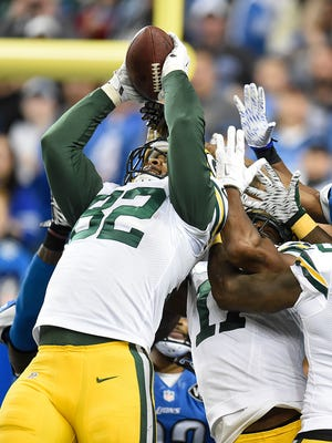 Green Bay Packers tight end Richard Rodgers (82) pulls in a hail mary to win the game against the Detroit Lions during Thursday night's game at Ford Field in Detroit, Mich.