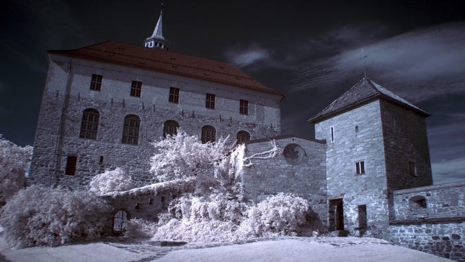 Akershus Fortress, Oslo: Dating from 1299, this castle in the center of Oslo still serves as a military base and also hosts glittering state occasions. The remains of kings and queens rest here in the Royal Mausoleum. In the 19th century the castle housed political prisoners in its dungeons, and during World War II it was occupied by German soldiers and was the site of numerous executions both during and after the war.