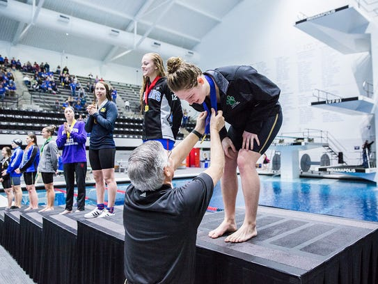 Yorktown's Emily Weiss takes first place at state finals