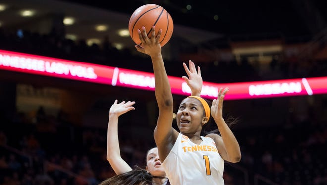 Tennessee's Anastasia Hayes attempts to score while defended by Texas A&M's Danni Williams on Thursday, February 1, 2018.