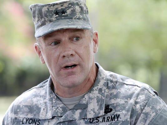 BC-US--Fort Lee Shoo.JPG