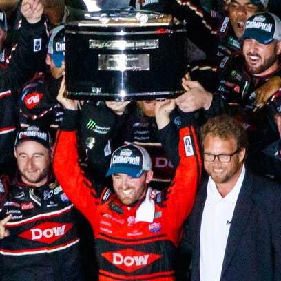 Austin Dillon drives No. 3 to Daytona 500 win, 20 years after Dale Earnhardt Sr.'s triumph
