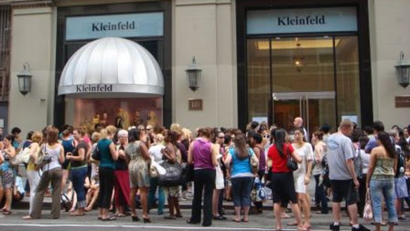 Kleinfeld brides line up sample sale DSC00399