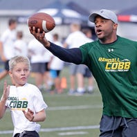 Randall Cobb hosts Football ProCamp in Green Bay