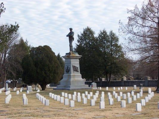 Confederate Statue (1).jpg