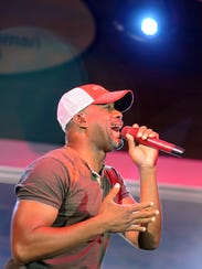 Darius Rucker performs at The Freeman Stage at Bayside