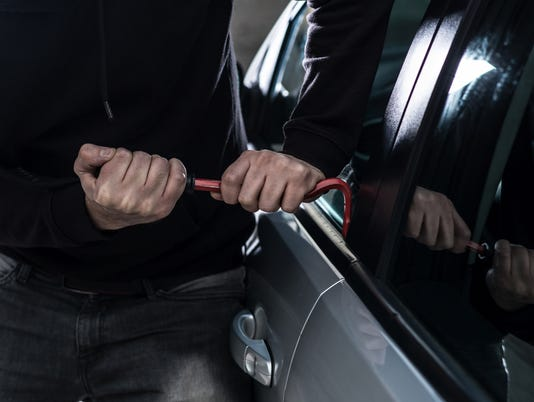 #stockphoto - Car theft - auto thief