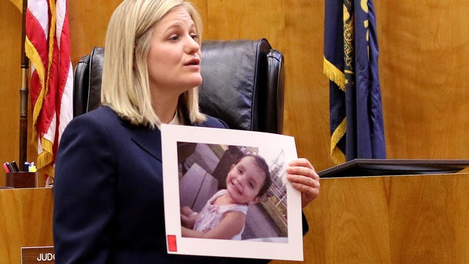 Gillian Fischer speaks for the prosecution during the opening statements for the trial of Mercedes Alvarado, 25, for one count of first-degree manslaughter and one count of second-degree manslaughter in the death of her three-year-old daughter Aniya Zamora at the Marion County Courthouse in Salem on Monday, June 15, 2015.