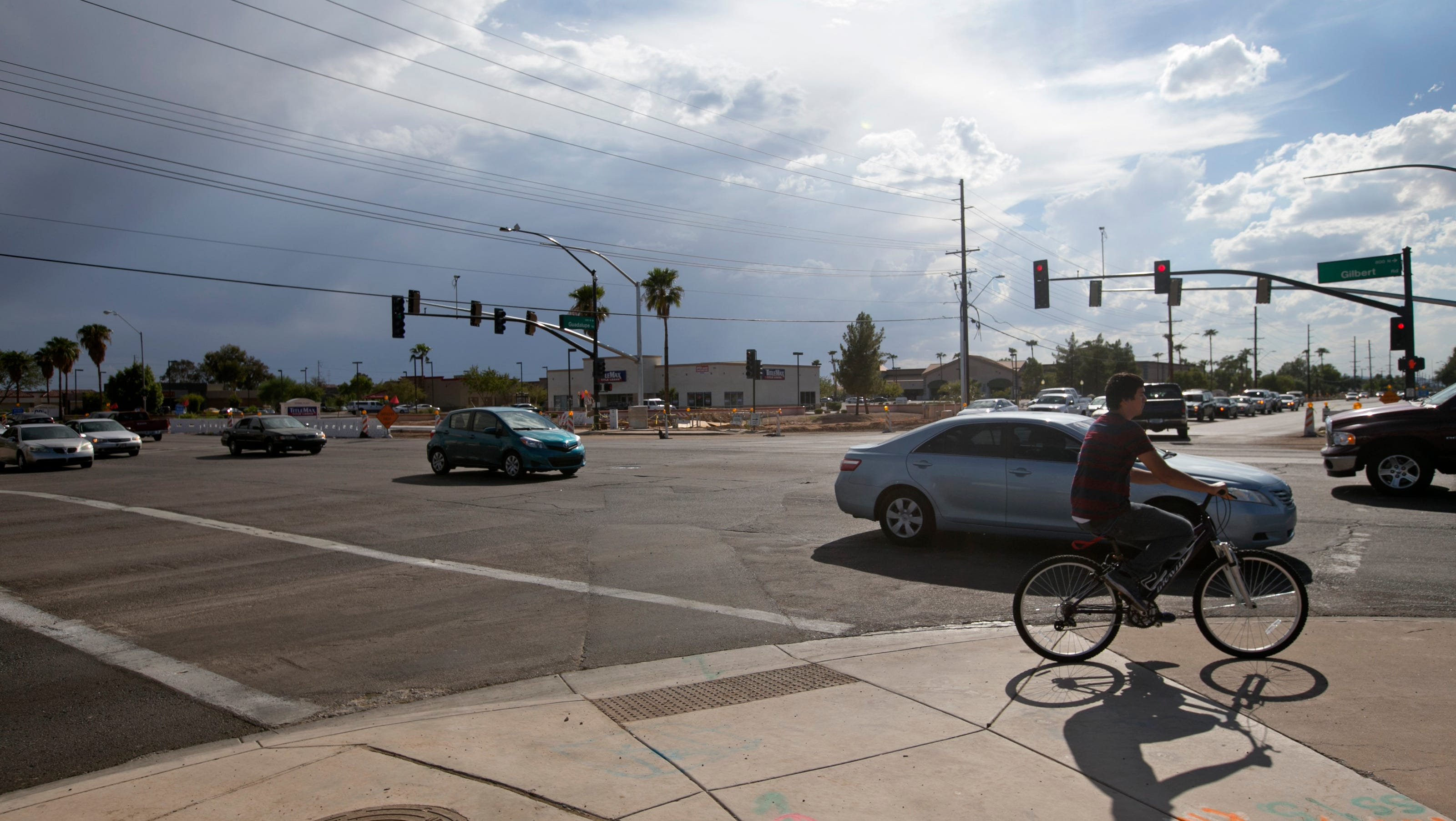 accident-prone intersections to avoid in gilbert