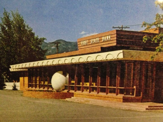 Frank Lloyd Wright building in Whitefish, as it originally looked. The plastic sphere and round planter have been removed.