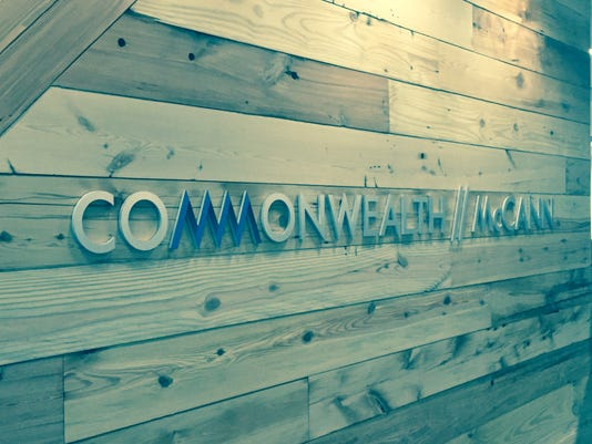 635672991588941055-Commonwealth-sign